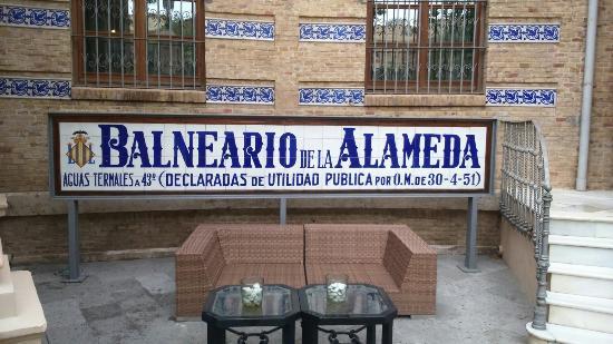 Balneario termal valencia fotograf a de balneario la - Calle viana valencia ...