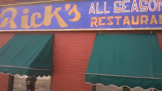 Rick's Restaurant: A Great Local York Restaurant.