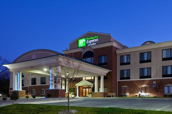 Holiday Inn Express Hotel & Suites Logansport