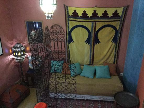 Dar JAND: Sitting area outside our room.