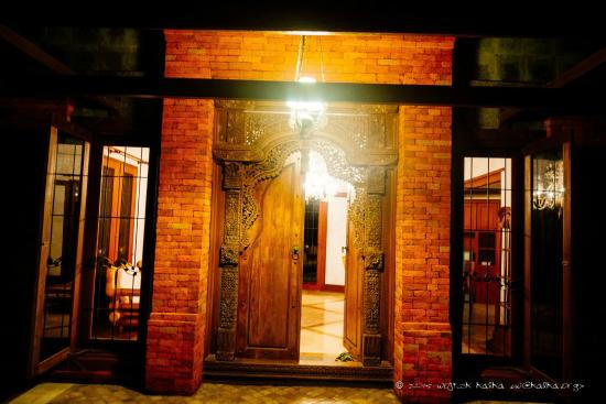 Fare Ti'i  (Villa Ti'i Bali): Our beautiful door