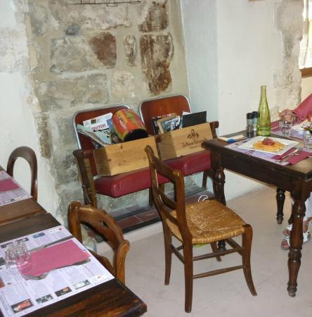Vin sur Vin : La sala da pranzo