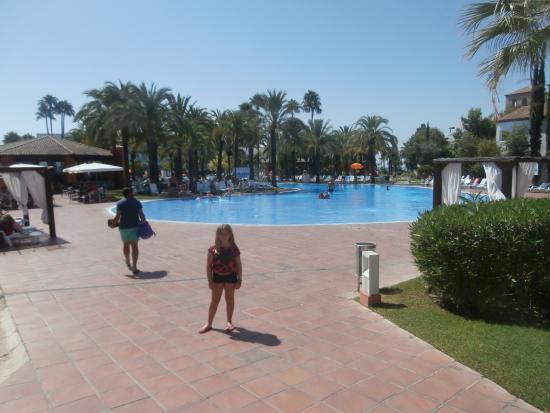 Hotel magnifique 6 piscines rien que a picture of for Club piscine ca