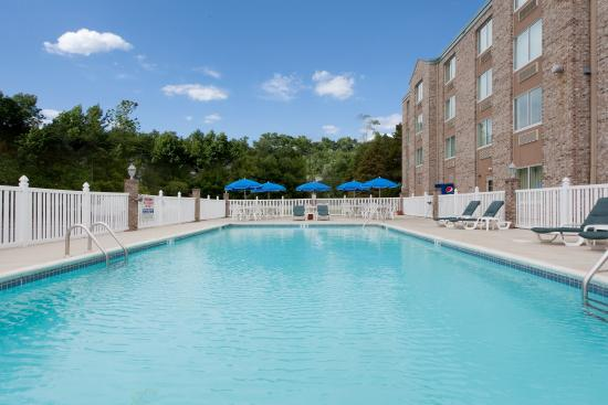 Holiday Inn Express Rehoboth Beach: Swimming Pool