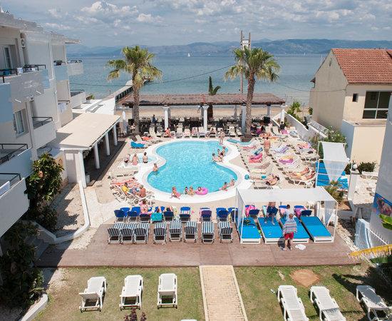 Quayside Hotel Kavos Reviews
