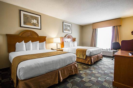 quality inn suites fishkill 108 1 2 8 updated. Black Bedroom Furniture Sets. Home Design Ideas