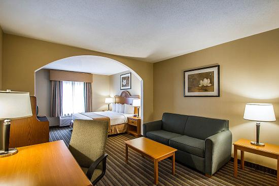 Quality Inn & Suites Fishkill: Ny Snk