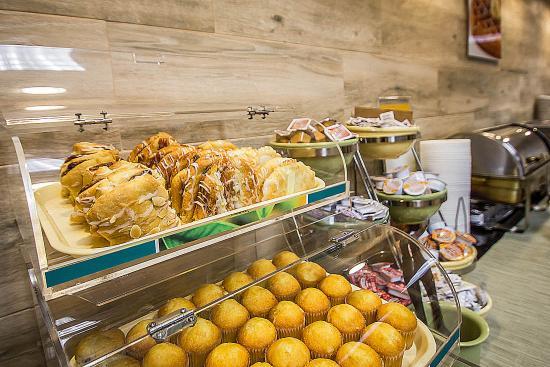 Quality Inn & Suites Fishkill: Ny Bkfast