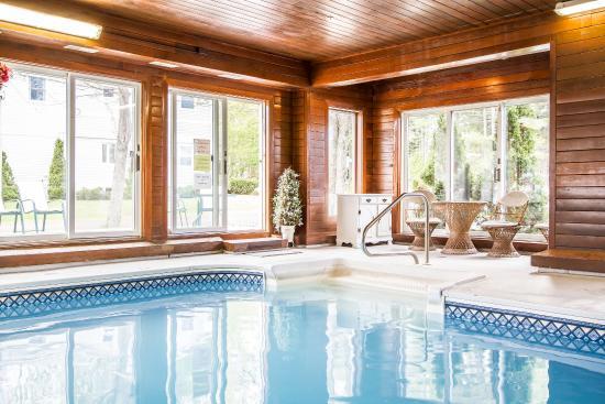 Rodeway Inn Saco: Pool