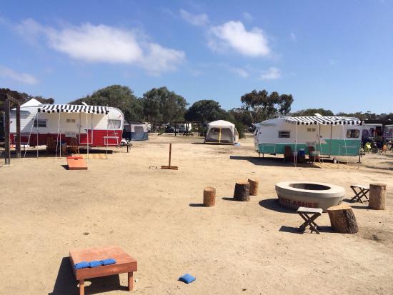 The Holidays Camp Community