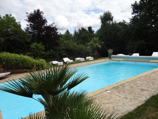 Saint-Brice, Francja: piscine