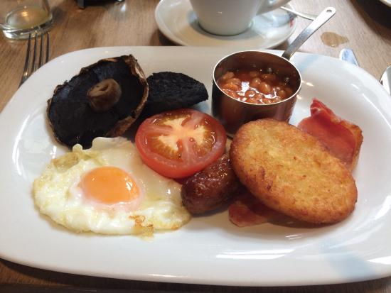 The Fleece at Cirencester: Full English breakfast