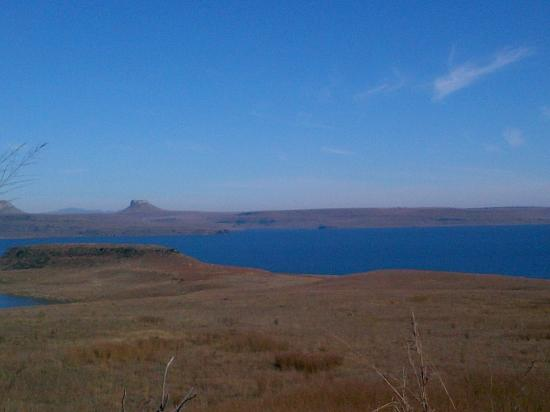Harrismith, Sudáfrica: View of the dam