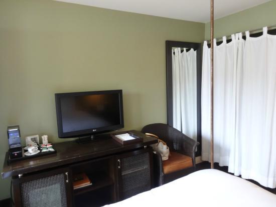 El Dorado Hotel & Kitchen: Room with espresso maker