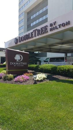 DoubleTree by Hilton Binghamton : Exterior