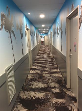 couloir moderne - Picture of Ibis Styles Nice Centre Gare, Nice ...
