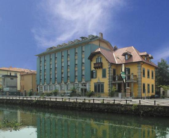 Hotel Naviglio Grande: Exterior