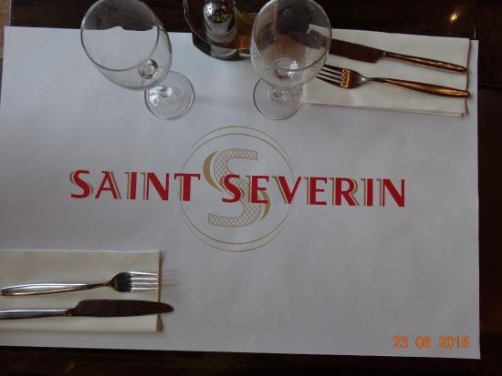 Saint Severin: Mesa