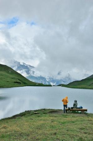 Grindelwald, Suiza: 湖の先端はどうなっているの?
