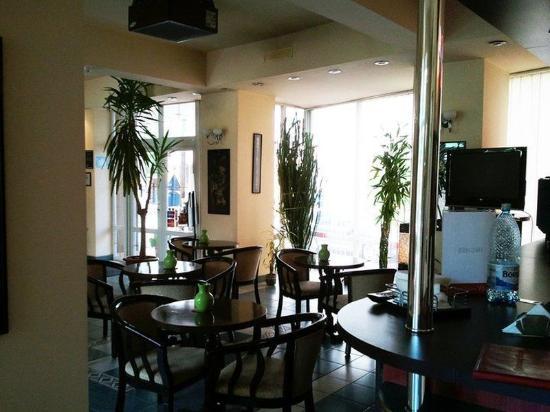 Elizeu: cafe bar