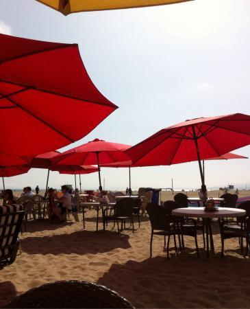 Perry S Cafe  Palisades Beach Rd Santa Monica Ca