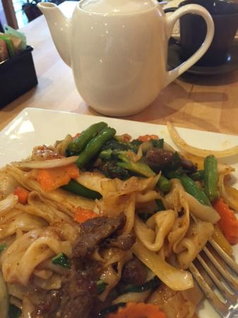 Narberth, Пенсильвания: drunken noodle lunch