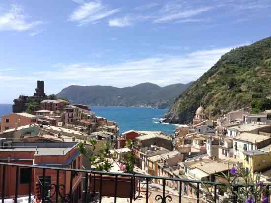 Vernazza Rooms Guest House
