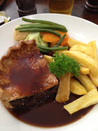 Fountain Inn Restaurant: Proper pie
