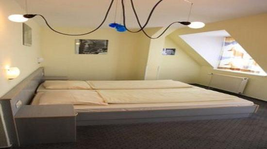East Side City Hotel: Double Room / Twin Room