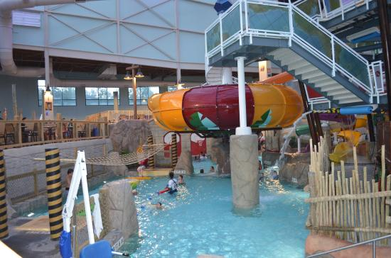 Aquatopia Water Park - Picture of Camelback Lodge and Indoor Waterpark ...