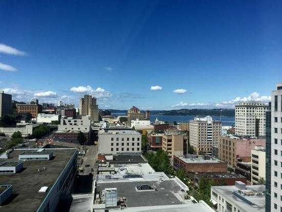 Daytime View From The 21st Floor Picture Of Hotel Murano Tacoma Tripadvisor