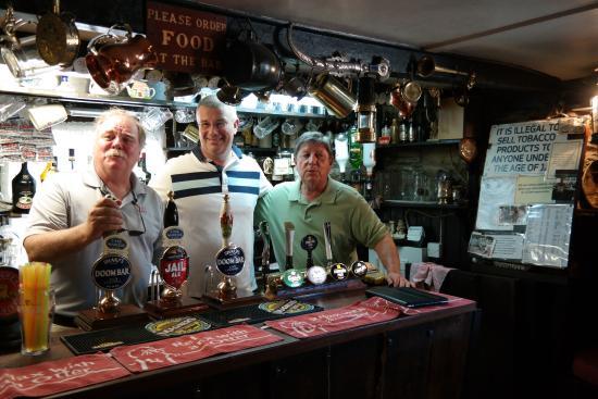 Tresillian, UK: Welcome all . . .