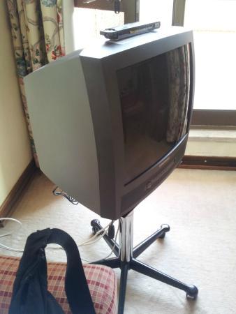 Hotel Tivoli Sintra: Televisore a tubo catodico