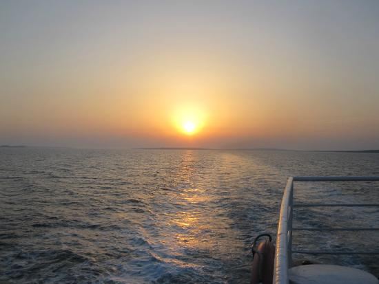 Dalmatië, Kroatië: Wieczorny rejs i zachód  słońca