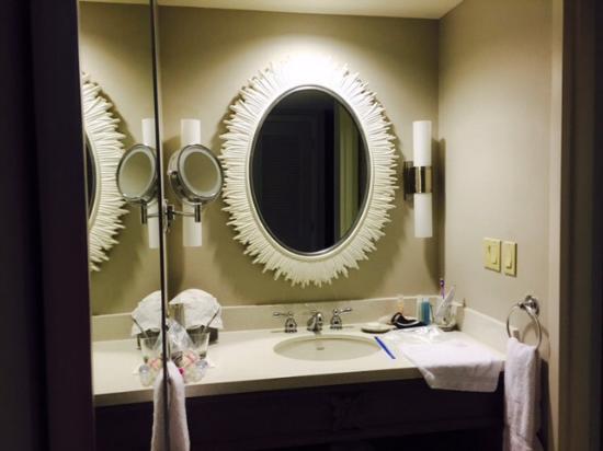 Bathroom Vanity Orlando vanity area between bathroom and bedroom - picture of loews royal