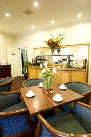 Woolbrokers Hotel: Dining room