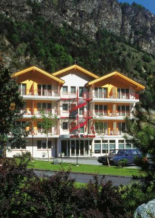 Photo of Hotel Ackersand Stalden