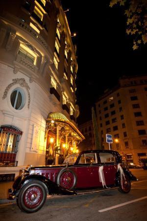 El Palace Hotel: Exterior View
