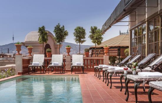 El Palace Hotel: Swimming Pool