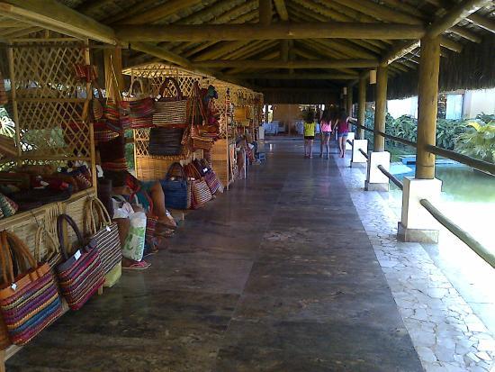 Imbassai, BA: Comercios dentro del hotel