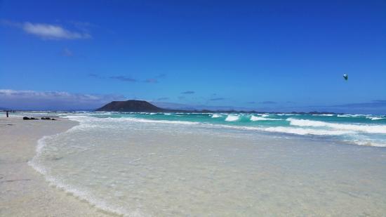 Gran Hotel Atlantis Bahia Real: Corralejo beach