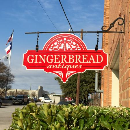 ‪Gingerbread Antiques‬