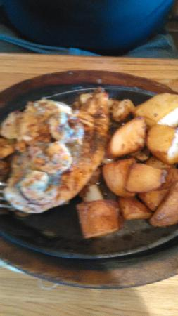Applebee's: Bourbon Chicken n Shrimp & House Sirloin