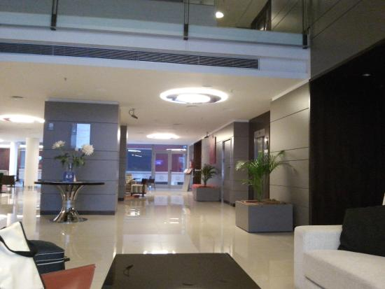 Hotel Estilo MB : hall central