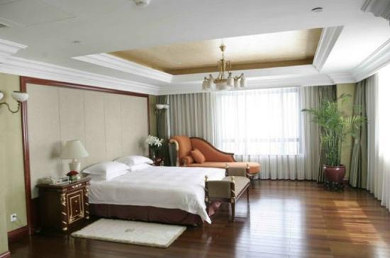 Yantai Orient Haitian Hotel : Standard Suite
