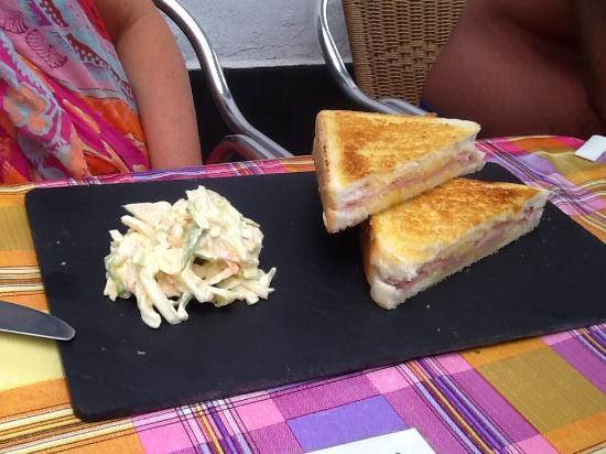 Sam's Bar: Toastie €3