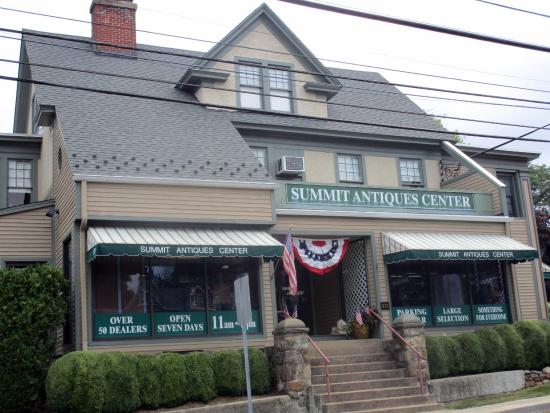 The Summit Antiques Center