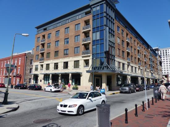 Andaz Savannah Hotel