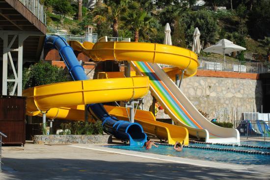 Alkoclar Adakule Hotel : parque de juegos acuaticos
