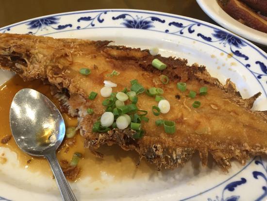 Diamond Palace Chinese Seafood Restaurant: photo0.jpg